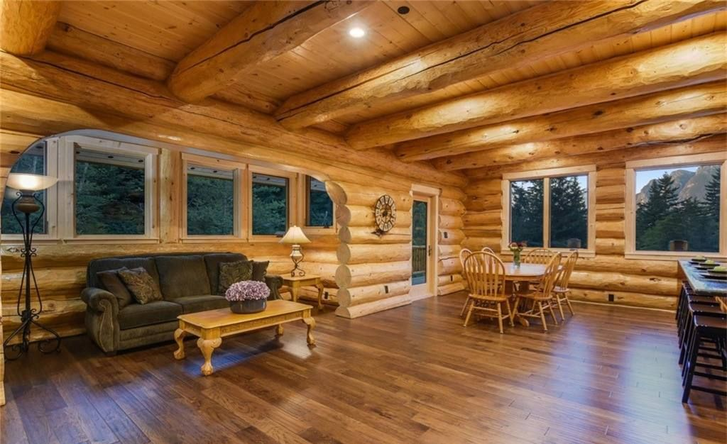 Jack Frost Log Homes and Design15